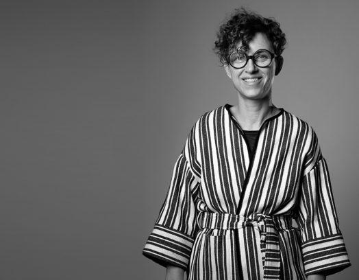 Stylisten Tina Hellberg lyfter den Nordiska stilen i Lera nummer 2 som kommer ut i juni