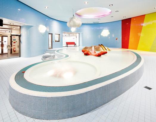 Sundbybergs simhall av arkitekterna på Urban Design