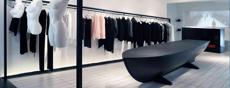 ZCD Architects färdigställde nyligen en butik åt kläddesignern Hussein Chalayans