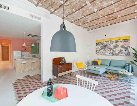 Colombo and Serboli Architecture och Margherita Serboli Arquitectura har tillsammans renoverat en lägenhet i Barcelona