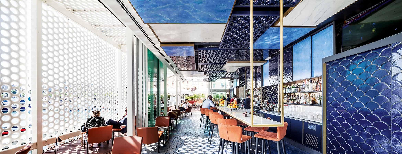 Blue Wave Cocktail Bar i Barcelona