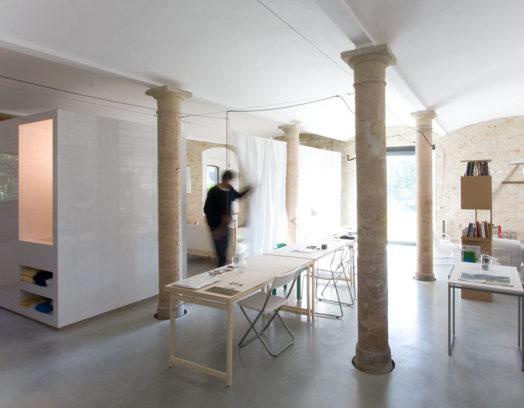 Den svenska arkitekten Karin Matz har tillsammans med Francesco Di Gregorio vänt ett badrum ut och in