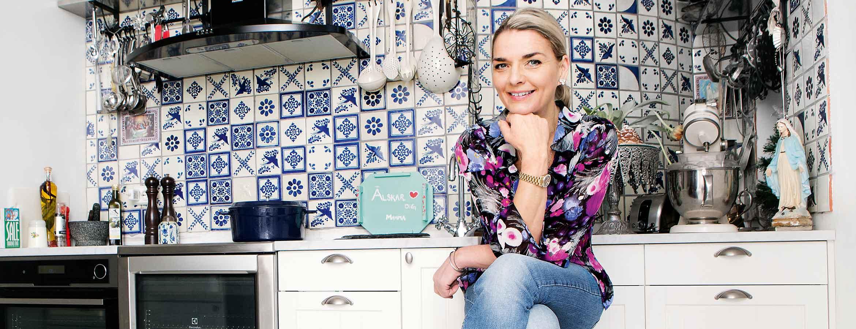 Monika Ahlberg är kock, matskribent och en av Sveriges mest lästa kokboksförfattare