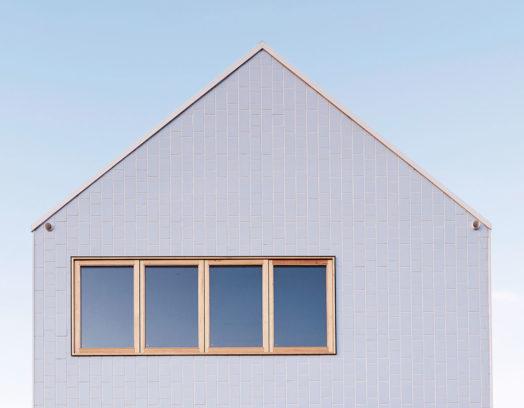 Arkitektkontoret Dan Gayfer Design har renoverat ett bostadshus i Fitzroy North i Australien