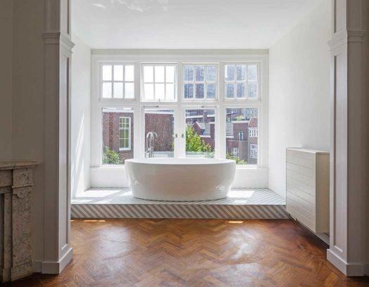 Det privata hemmet Huis FN i Haag är inrett av det lokala arkitektkontoret Antonia Reif Architectuur