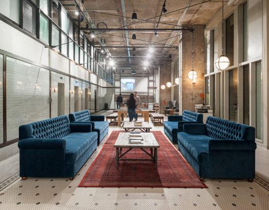 Kaklat golv på Tigg Coll Architects studentboende vid King's Cross i London