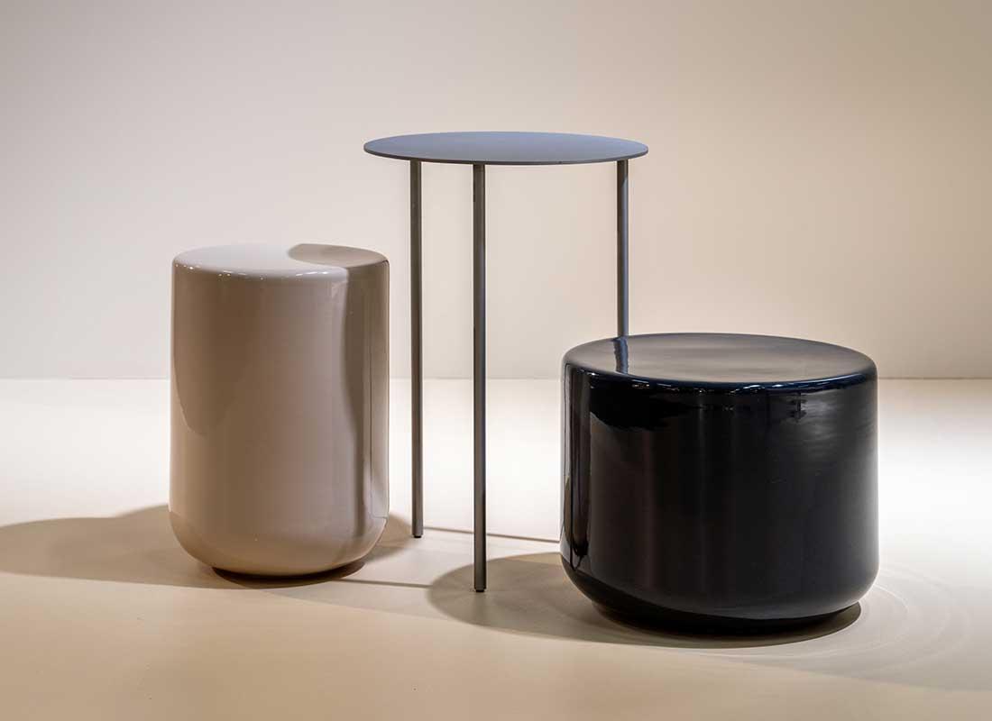 Bord i keramik av David Thulstrup
